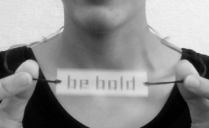 Hester/Experimental Typography/Typographic Thaumatrope Pendant